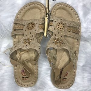 Earth Spirit Leather Sandals size 9